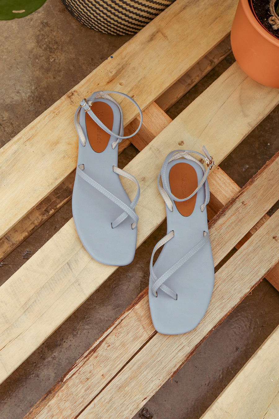 ALORA SANDALS - PERRY