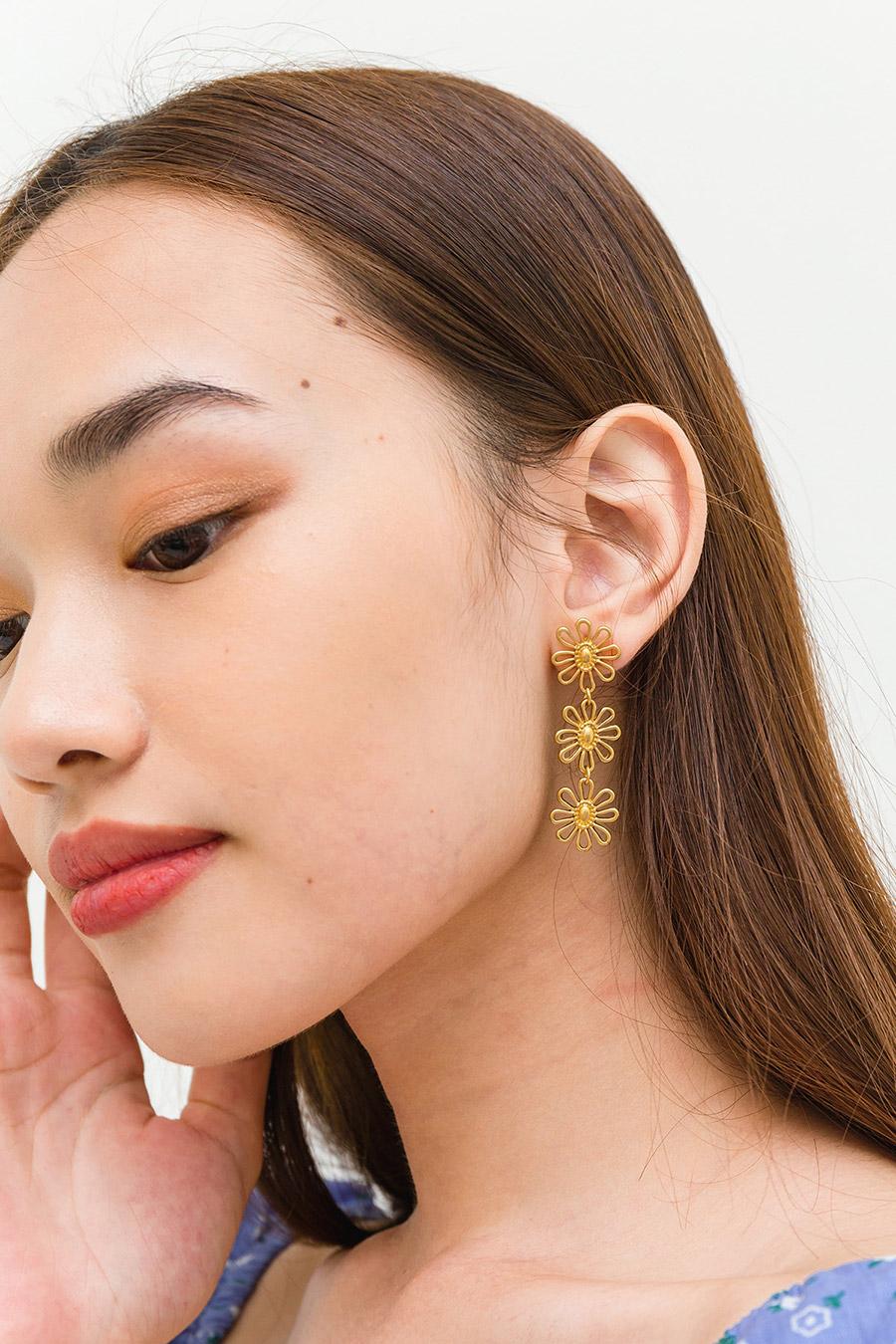 BLANCA EARRING - GOLD