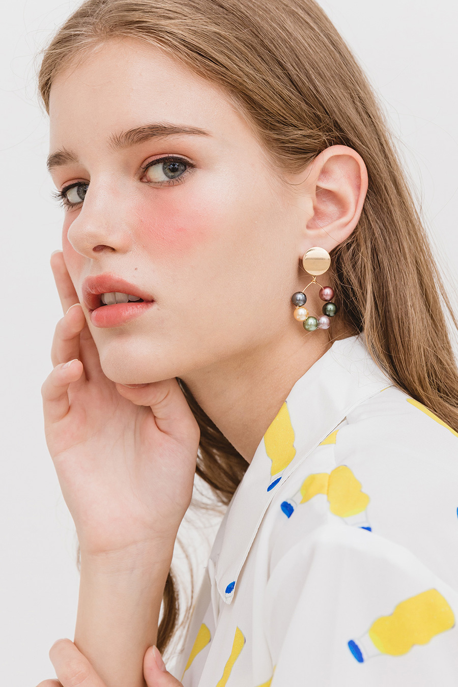 BYSHA PEARL EARRING - RAINBOW GOLD