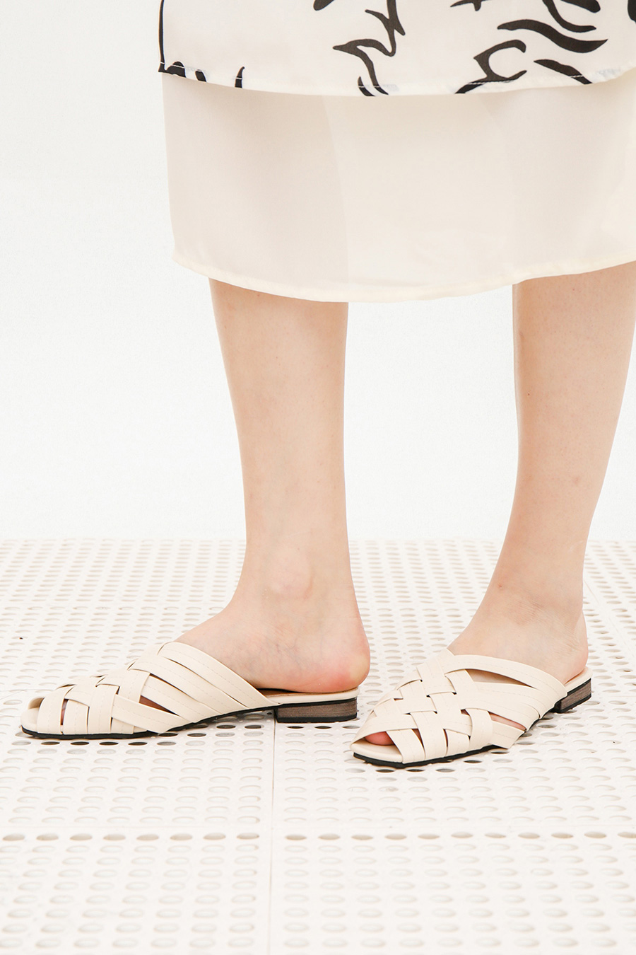 COLOMBA SHOES - IVORY