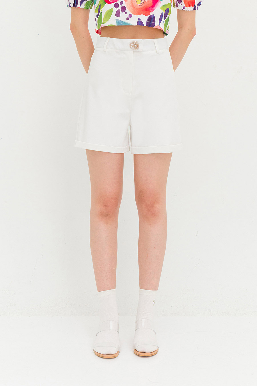 DENEVER SHORTS - IVORY [BY MODPARADE]