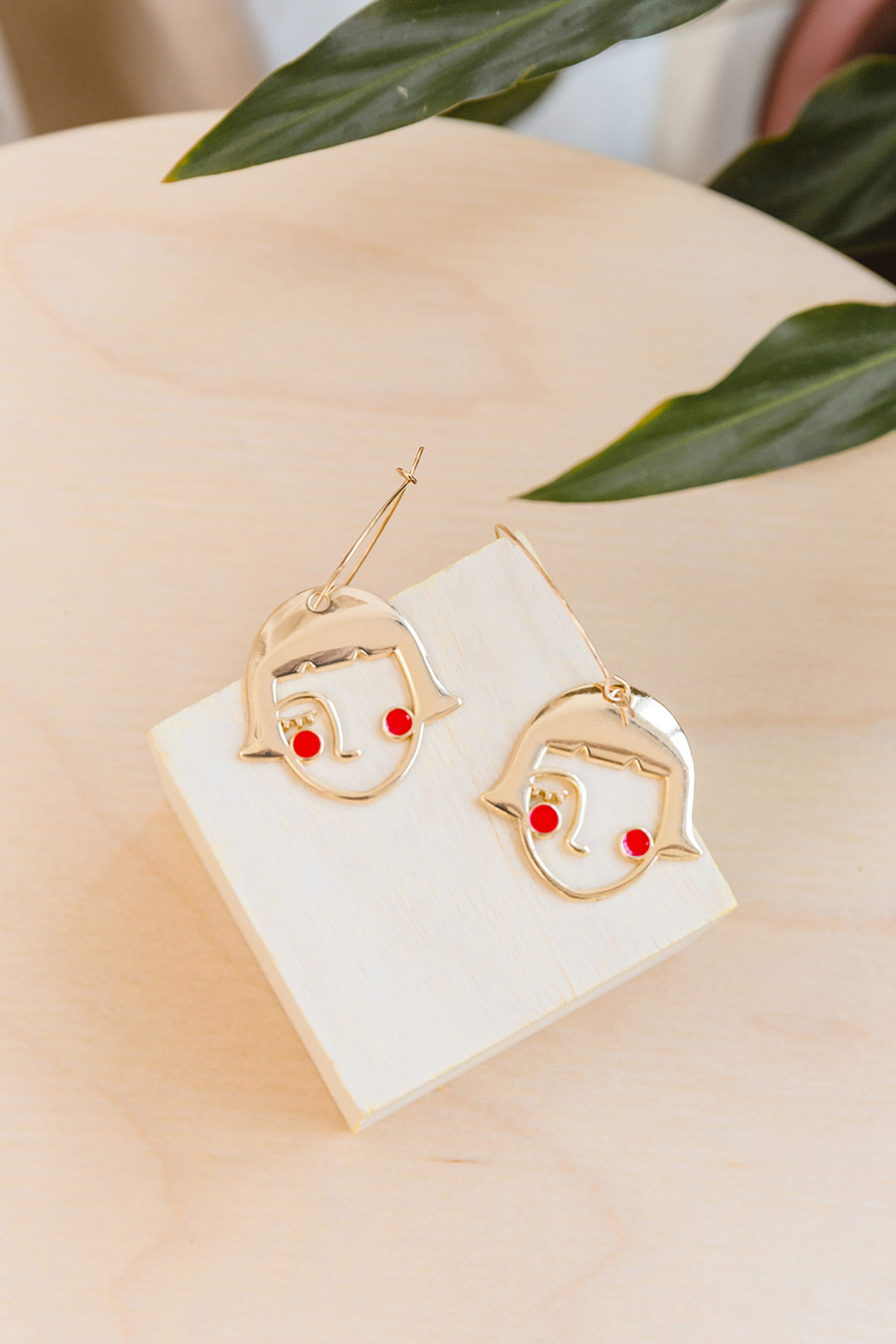 *BO* DOLL HOUSE EARRING - GOLD