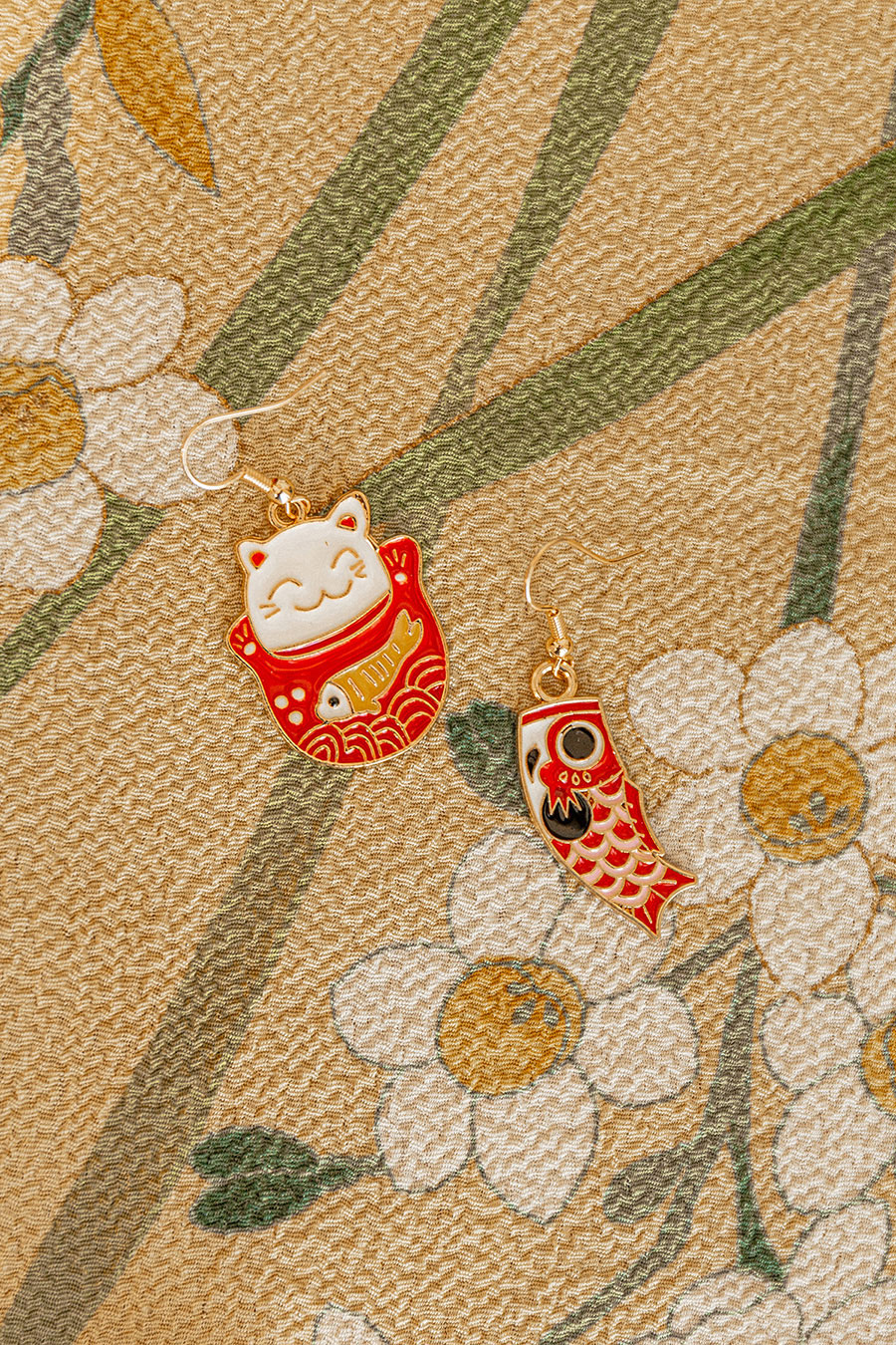 *BO 2* EGUCHI EARRING - CAT KOI