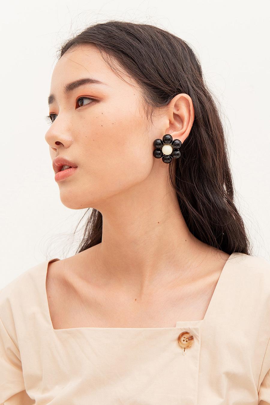 HELENE EARRING - NOIR