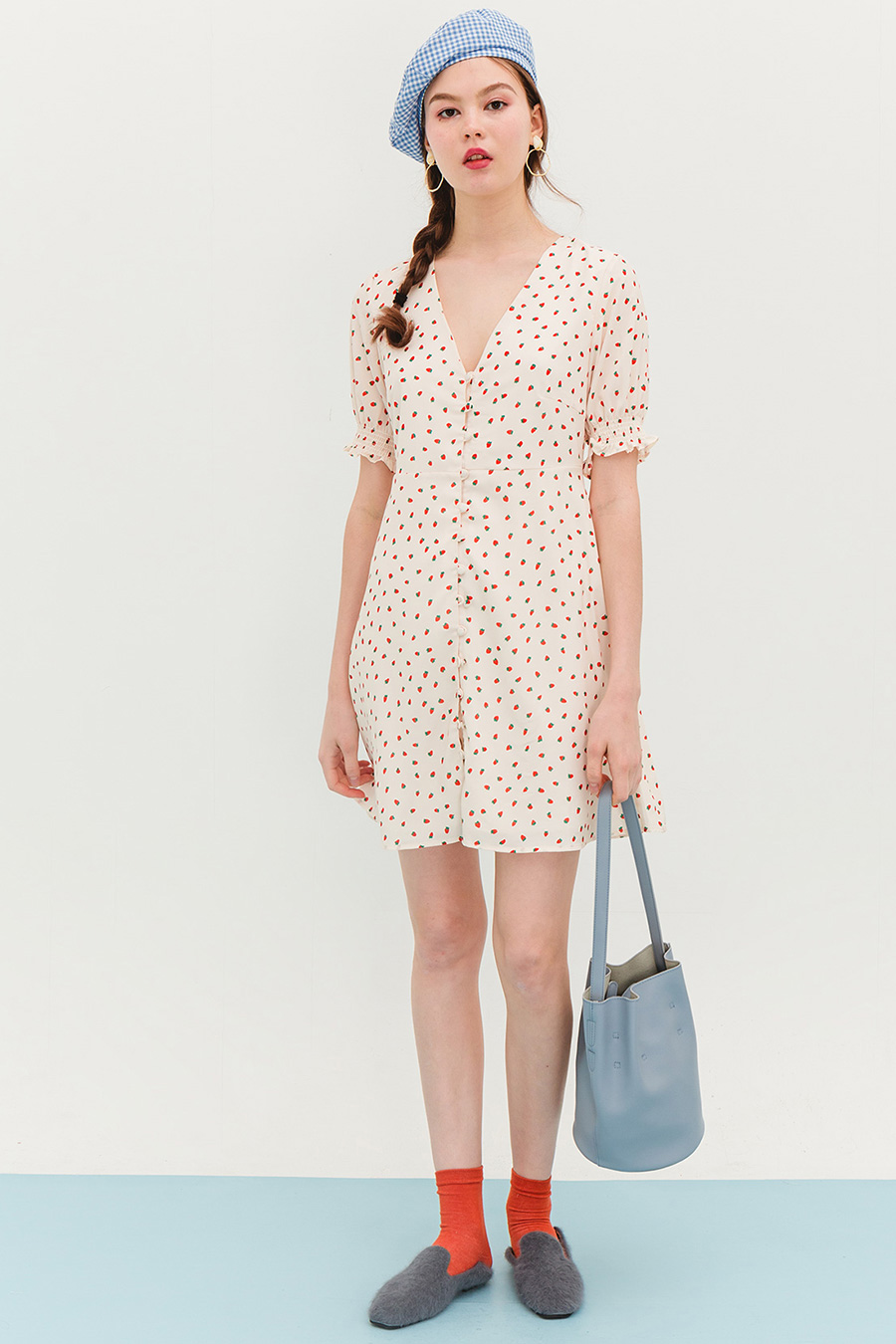 *BO* KELLY DRESS - STRAWBERRIES