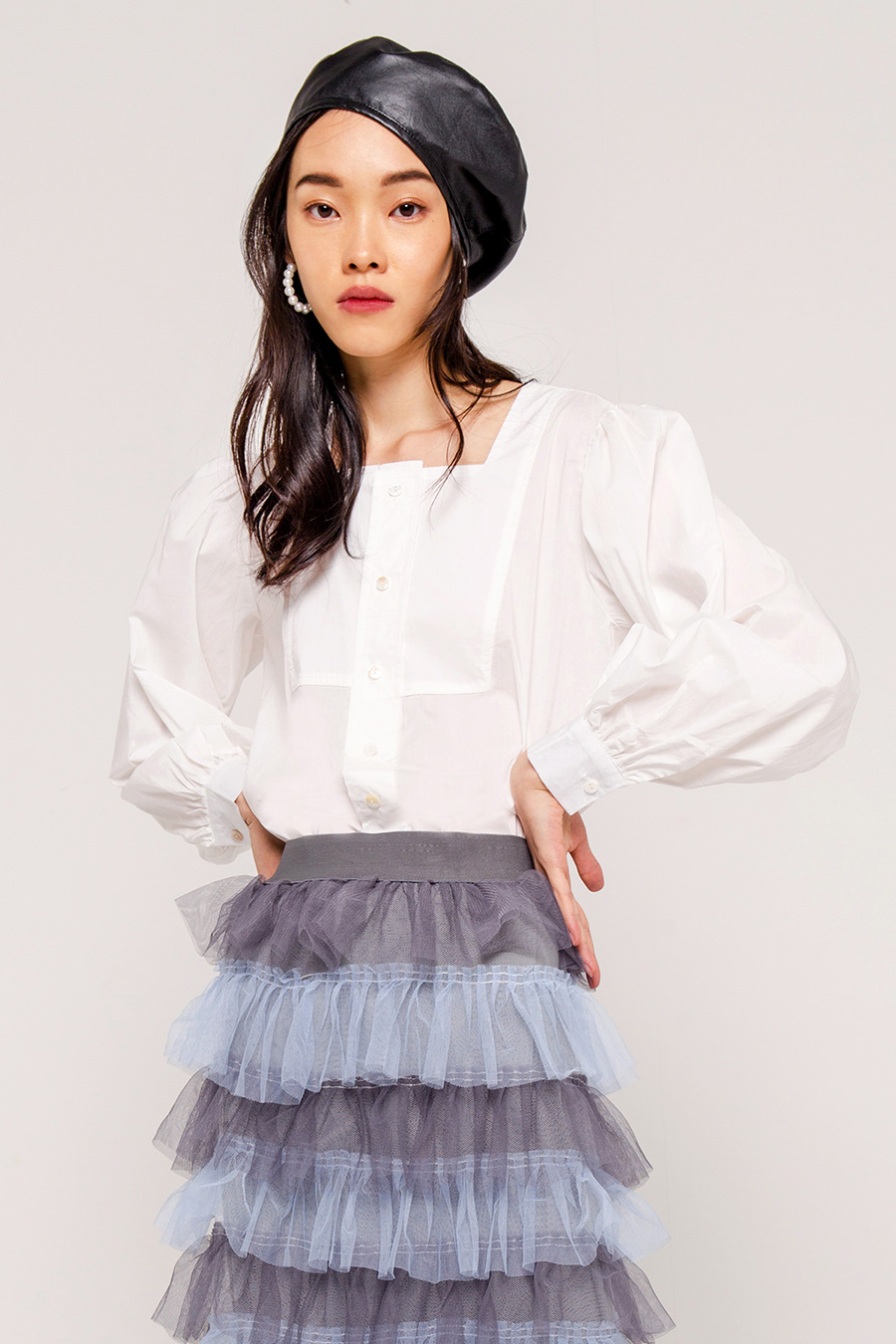 MALIN SQUARE NECK BLOUSE - IVORY [QUEENDOM]