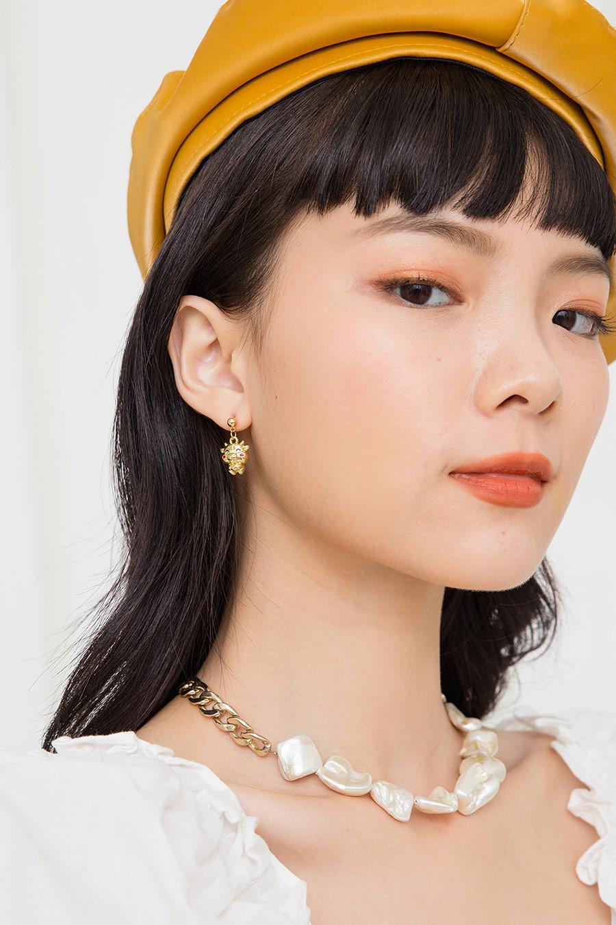 NIU EARRING - GOLD
