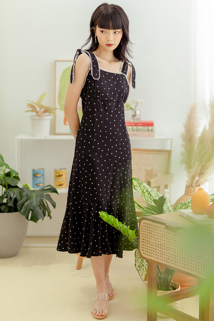 *BO* ODE DRESS - NOIR DOTTIE