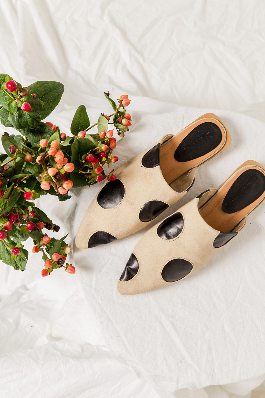 *SALE* ODETTE POLKA DOT SLIP ON MULES - SAND