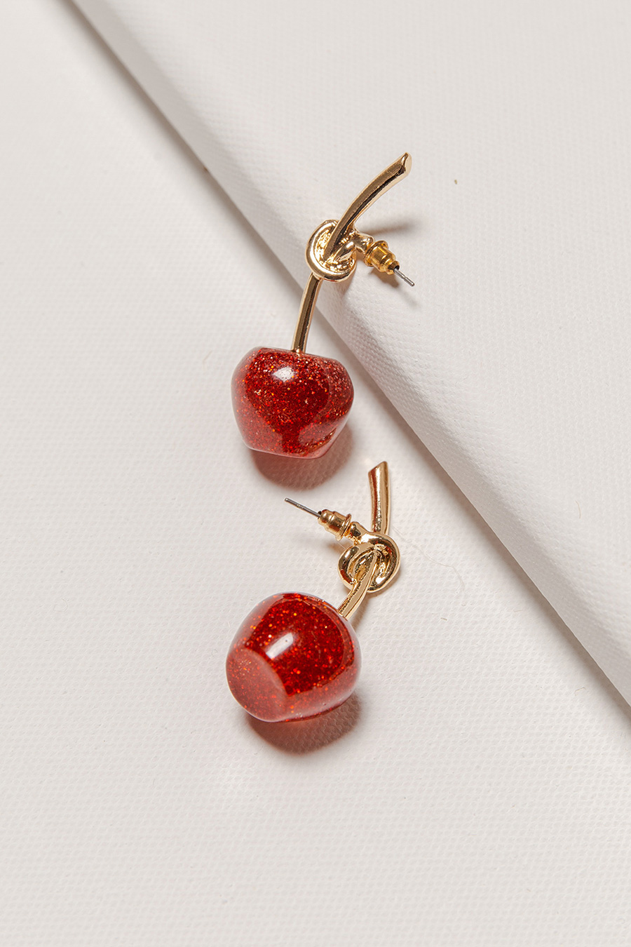 OH MY DARLING EARRING - CHERRY GOLD