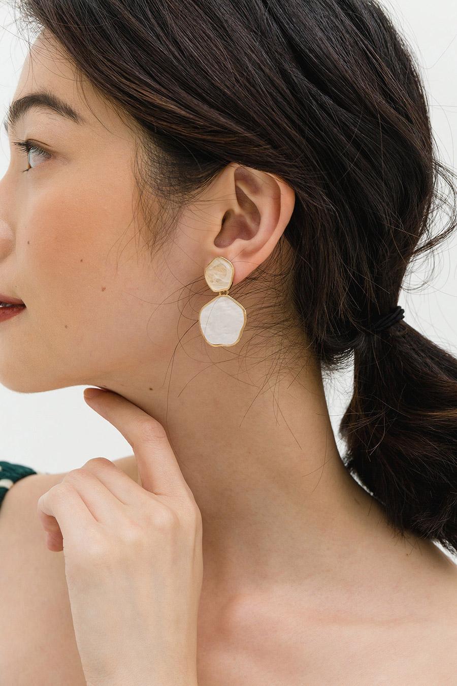 PETUNIA EARRING - GOLD