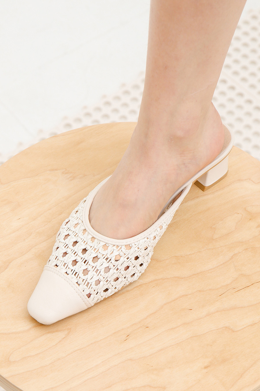 RAVEN SHOES - IVORY