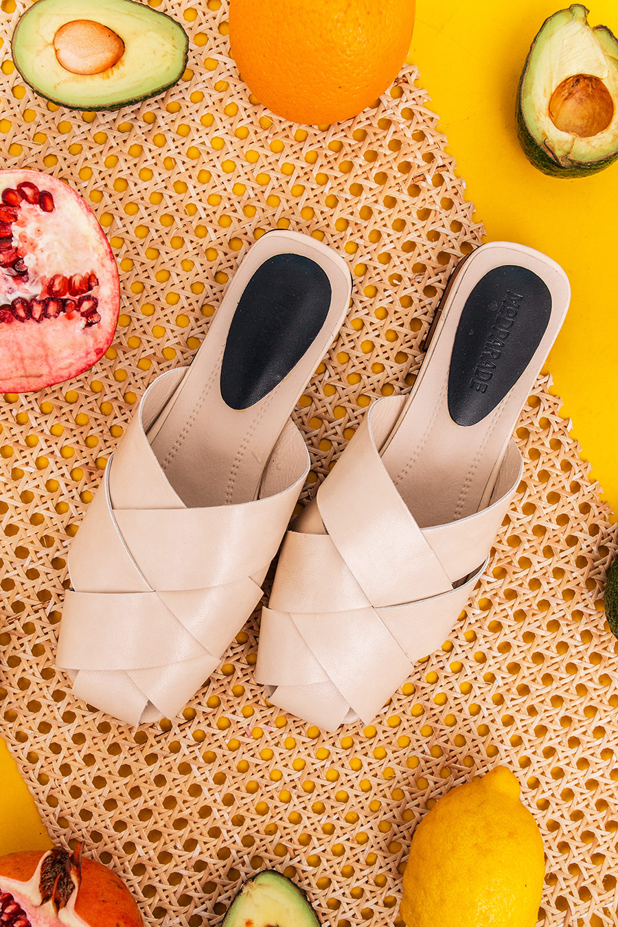 YUTE CRISS CROSS MULE - CREAM